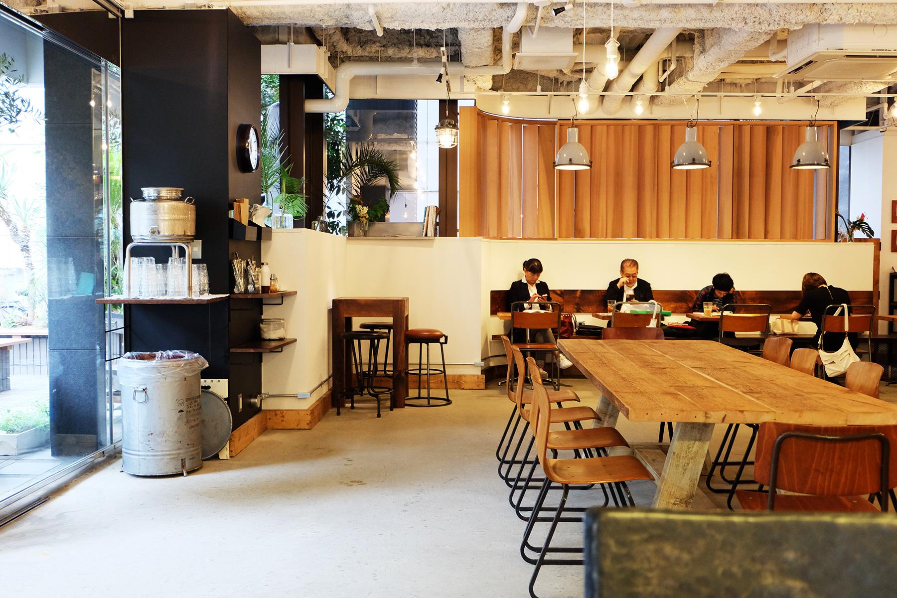 MORNING GLASS COFFEE + CAFE(モーニンググラスコーヒープラスカフェ) - ハワイで人気の日本初出店カフェへ