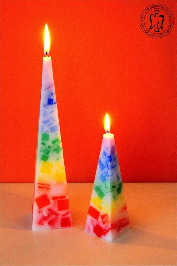 Čakrové svíčky, barevné svíčky, duhová svíčka, meditační svíčka, svíčky, svicka, Chakra candles, pyramid candle, rainbow candle 01