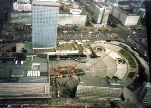 Der Alexanderplatz von oben 1997