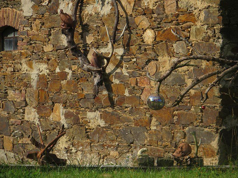Nochmehr Kunst am Bau(ernhaus) auf dem Weg zum Murscher Eselsche (Foto: Hans-Joachim Schneider)