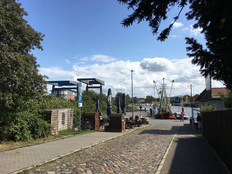 Zufahrtsstraße zum Husumer Hafen