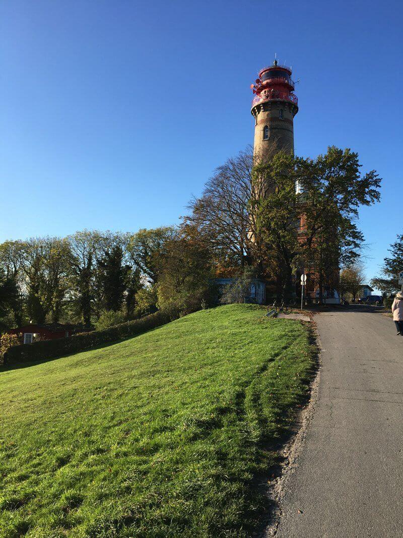 Wanderer auf Rügen kommen wegen ihm nach Kap Arkona: der neue Leuchtturm an der Nordost-Spitze von Rügen