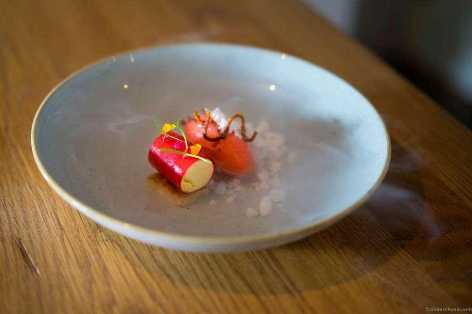 "Cheesecake parfait, strawberry sorbet, rhubarb gel, mini churros and elderflower ""nitro"""