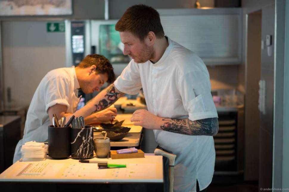 Chef Esben Holmboe Bang of Maaemo – here seen working despite a broken leg!