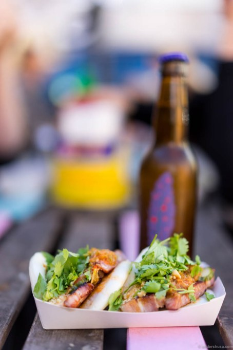 Steambuns with slow cooked pork from Jinx food truck and a Omnipollo Bianca Mango – Gose brewed with rock salt, lactose and mango purée. A mango lassi gose!