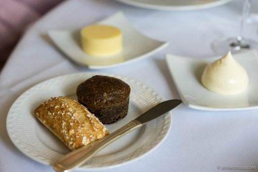 The bread serving with two types of butter
