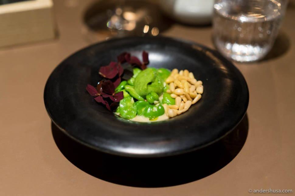 King crab, broad beans, butter sauce, pine nuts & red oxalis