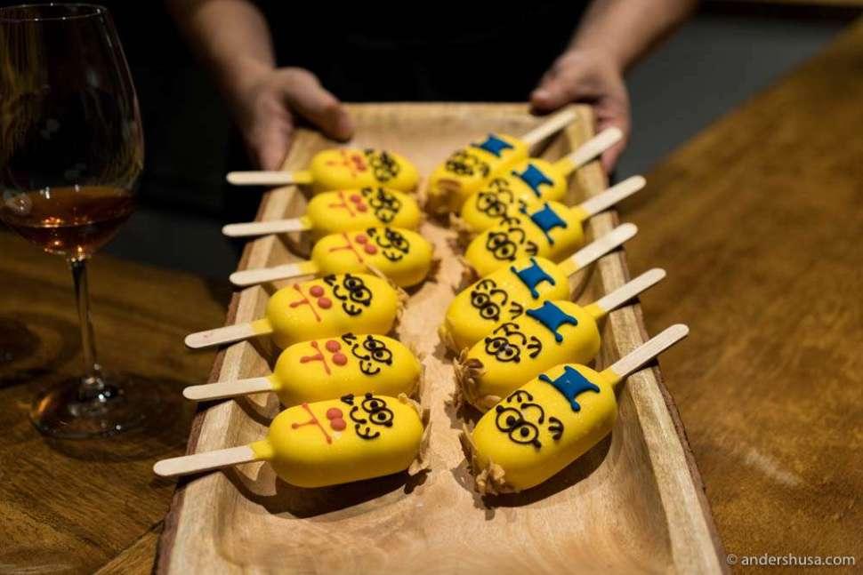 Lemon cheese cakes