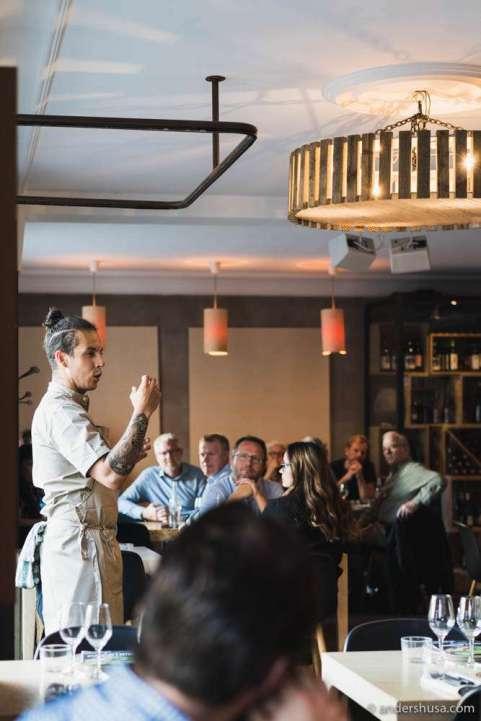 Karlos Ponte presents the menu