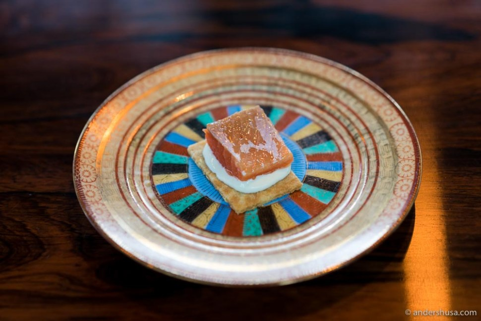 """""""Goro"""" biscuit with smoked Arctic char from Sæterstads gård."""