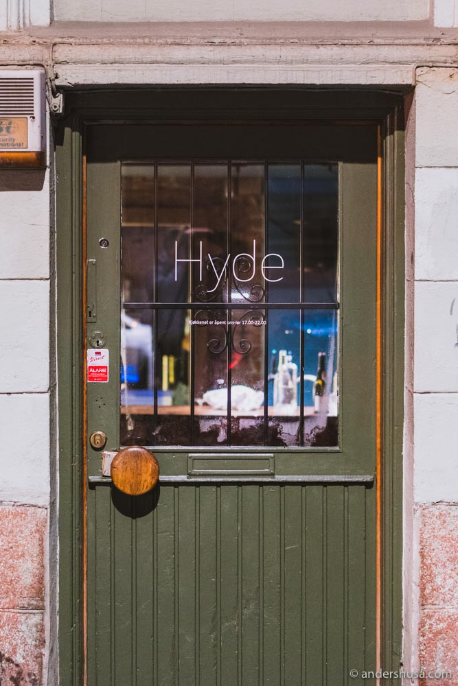 Hyde is located on Rosteds gate 15, in the old venue of Pjoltergeist.