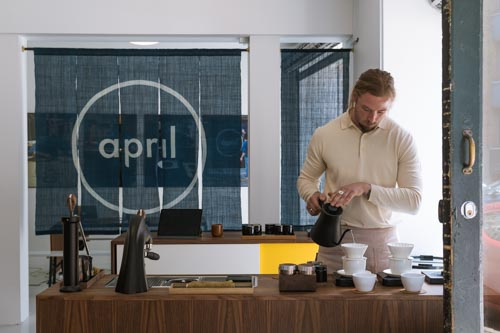 http://April%20Coffee%20Store%20&%20Showroom