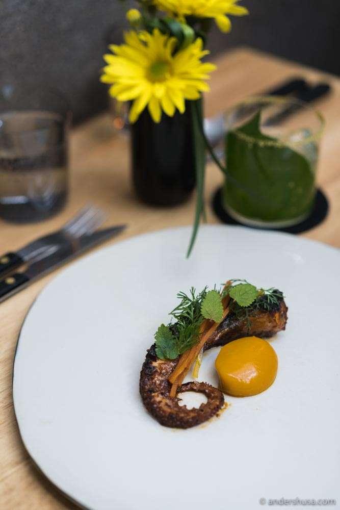 Octopus, chintextle spice from Oaxaca, pickled carrot, ghee & carrot cream (mar menu).