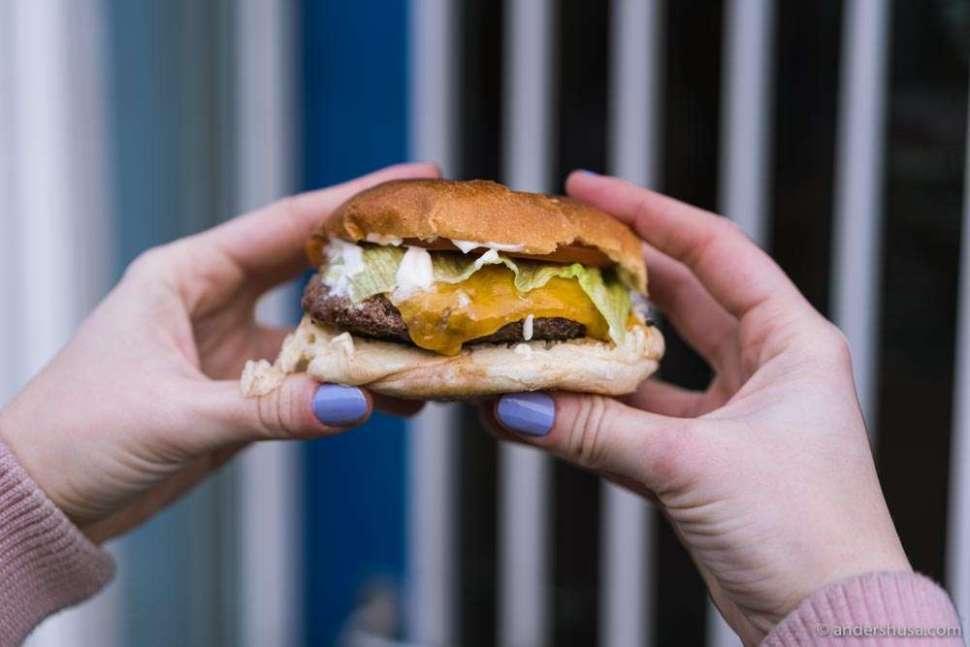 The cheeseburger at Tommi's Burger Joint in Kødbyen.