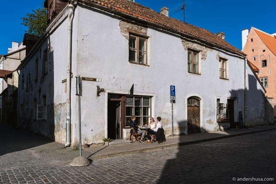 Botaanik Bar is located in Tallinn's old town.