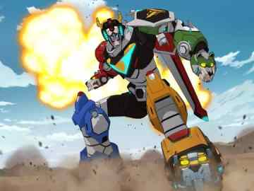 DreamWorks Voltron Legendary Defender On June 10th gets a new trailer. 55