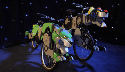 Dreamworks Animation's Voltron Legendary Defender & Super-Fan Builds - Voltron Bike 7