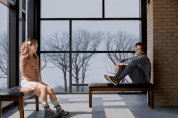 Five Feet Apart starring Haley Lu Richardson & Cole Sprouse offers up a first look! 24