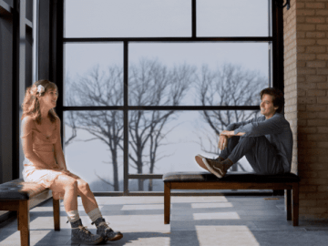 Five Feet Apart starring Haley Lu Richardson & Cole Sprouse offers up a first look! 48