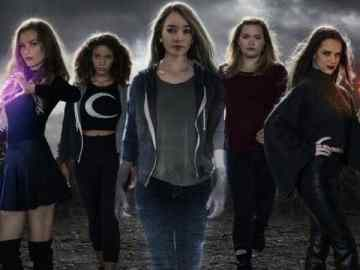 The Witch Files brings together young women and witchcraft for the 1900th time. 34