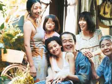 Shoplifters review: Japanese Shoplifting Done Right 36