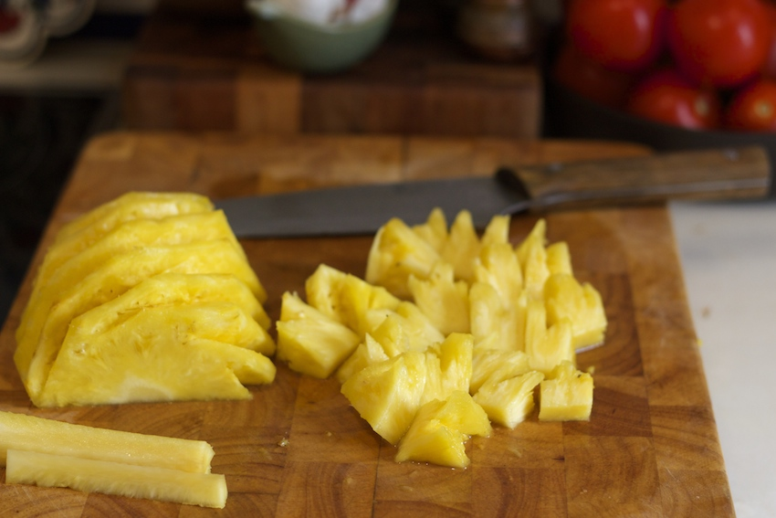 how to cut up a fresh pineapple