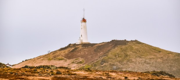 Reykjanesviti | REYKJANES PENINSULA TRAVEL GUIDE AND ITINERARY | www.andiamoaurora.com | Explore Iceland's Reykjanes Peninsula with a one-day road trip with more than 20-must see sites