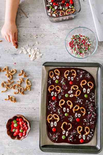 Reindeer Chocolate Bark Assembly