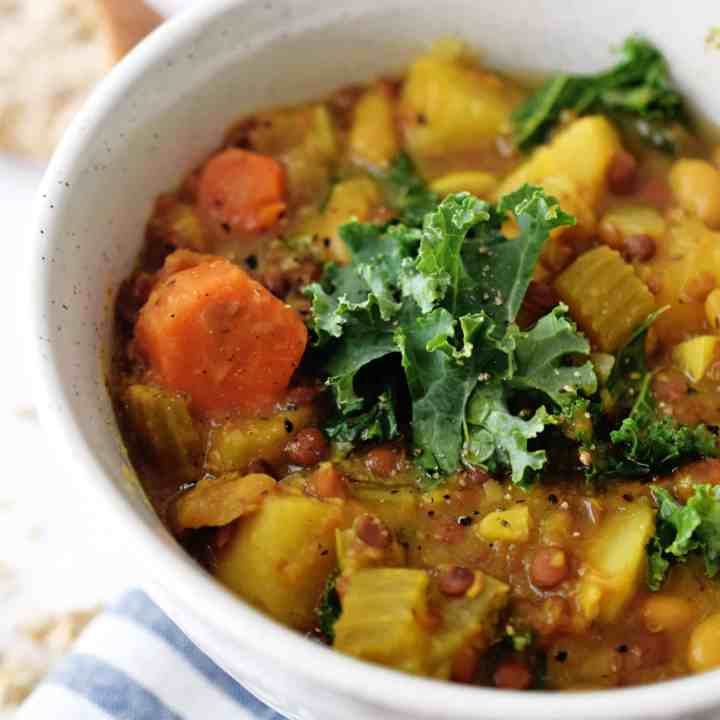 Kale Lentil Crockpot Soup