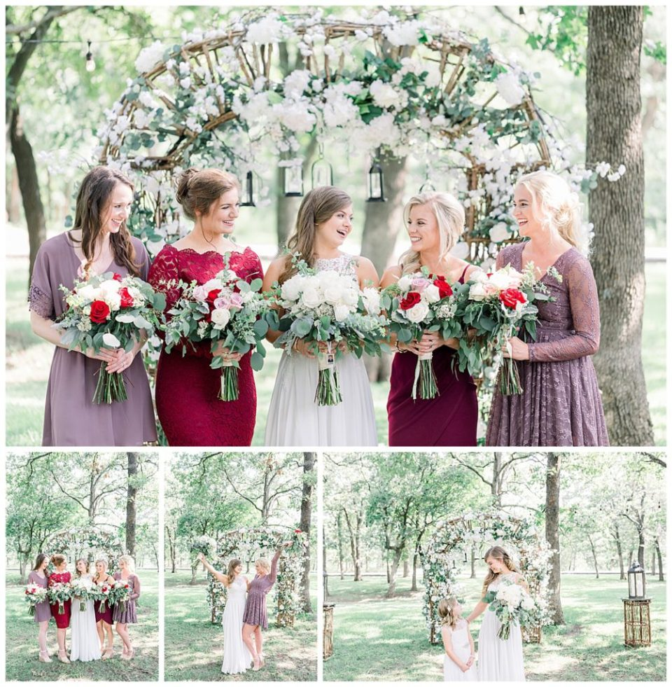 Bridesmaids with floral bouquets at alter at PostOak Lodge in Tulsa, OK  Tulsa Wedding Photographer  Rustic wedding  PostOak Lodge Wedding  Destination Wedding Photographer  Andi Bravo Photography