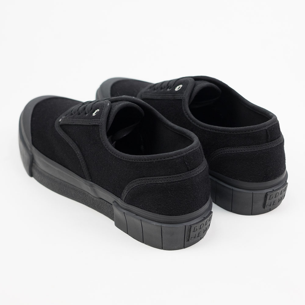 Good News Softball 2 Low Sneaker- Black 2