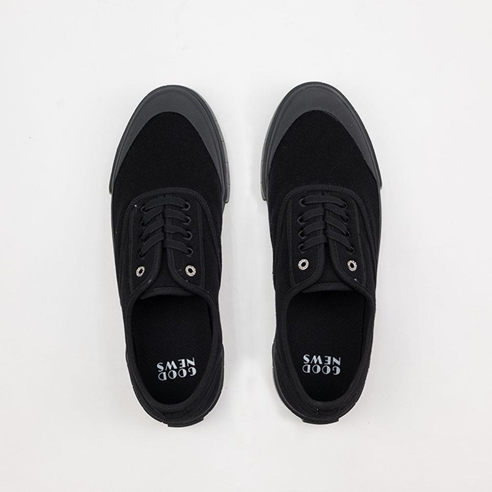Good News Softball 2 Low Sneaker- Black 5