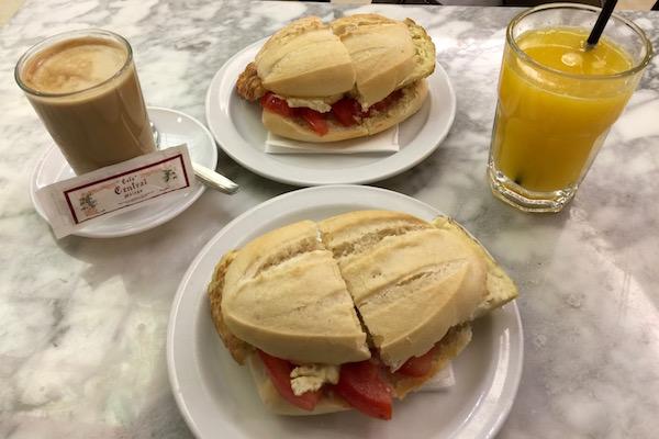 Desayuno Central Málaga