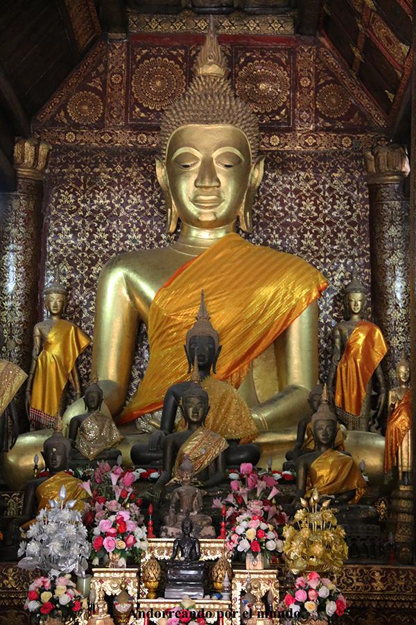 interior Vat Xieng Thong