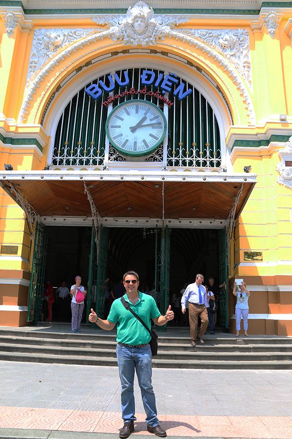 Oficina Correos Ho Chi Minh
