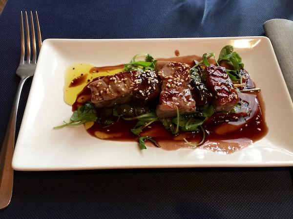 Brocheta atún, Restaurante Casa Abilio, Álora.