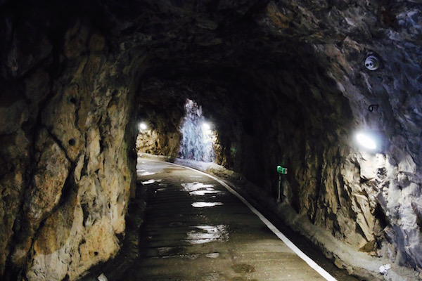 Andorreando Tunel.