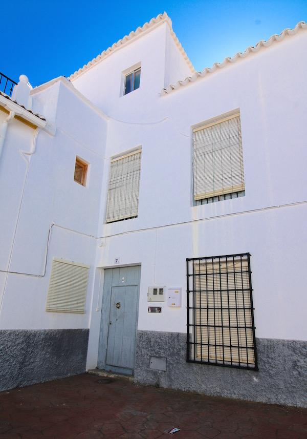Casa Isidro Moral