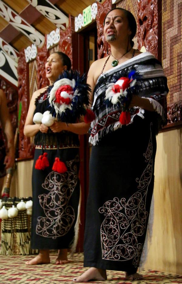 Baile Maorí-Andorreando por el Mundo