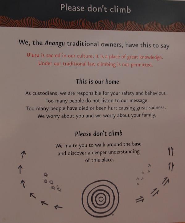 Cartel Indica no subir Uluru-Andorreando por el Mundo