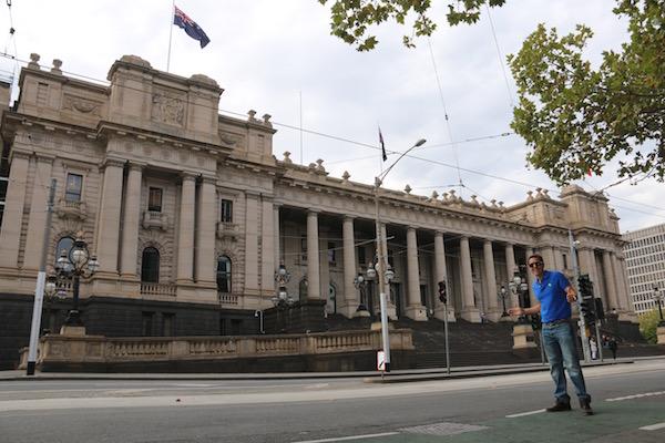 Parlamento Melbourne-Andorreando por el Mundo
