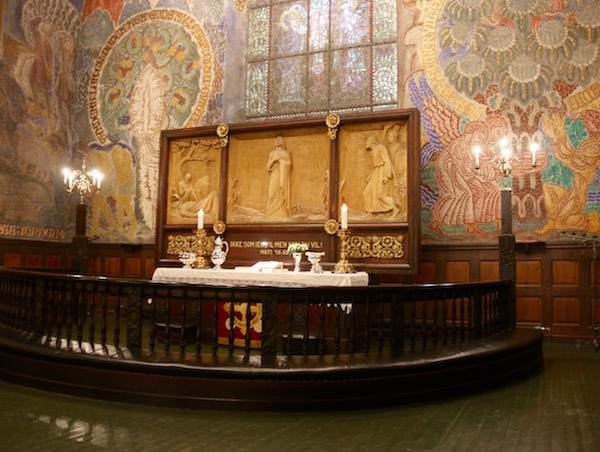 Interior Iglesia Alesund Kirke