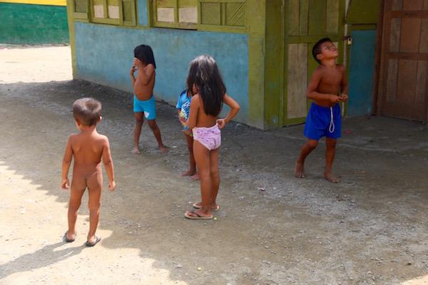 Niños Tribus Gunas Yalas
