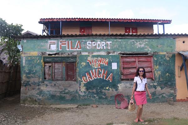 Tienda en Achutupu