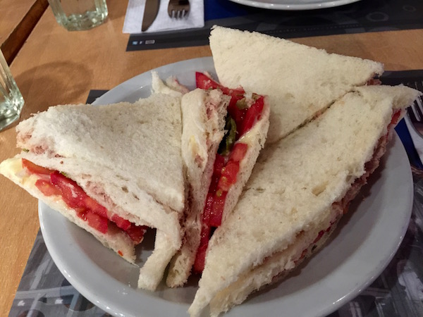 Sandwich Atún