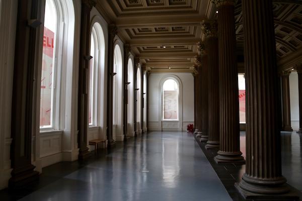 Sala galería de arte moderno