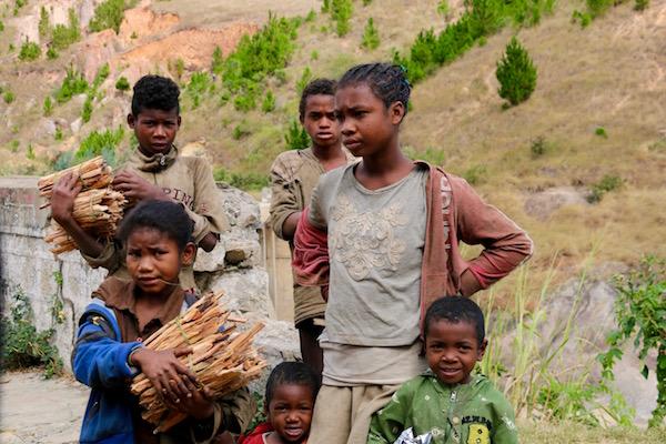 Niños Malgaches