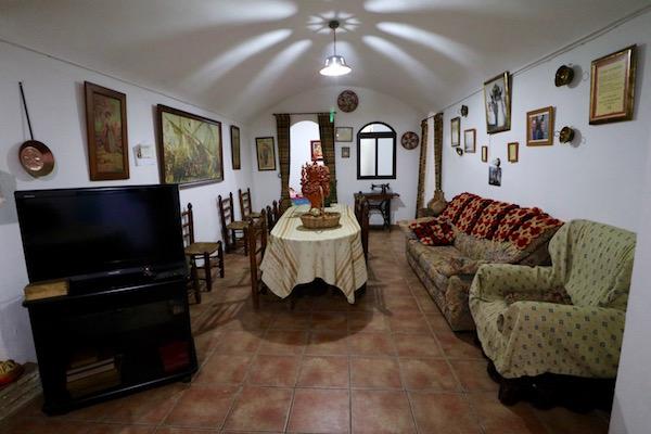 Salón Cueva José