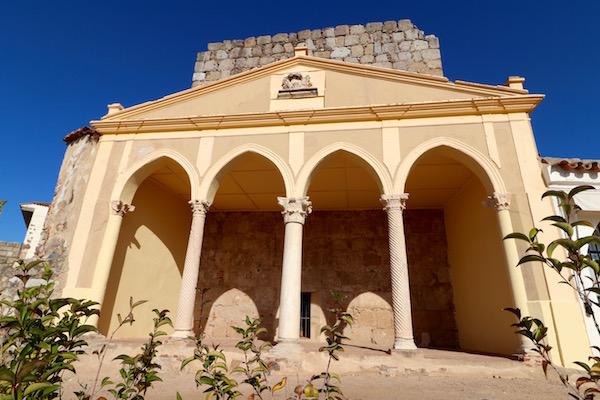 Restos Iglesia