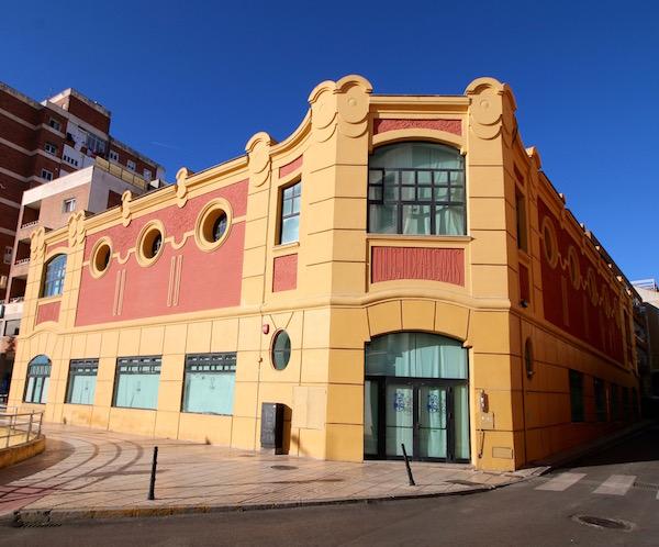 Edificio Garaje Pla